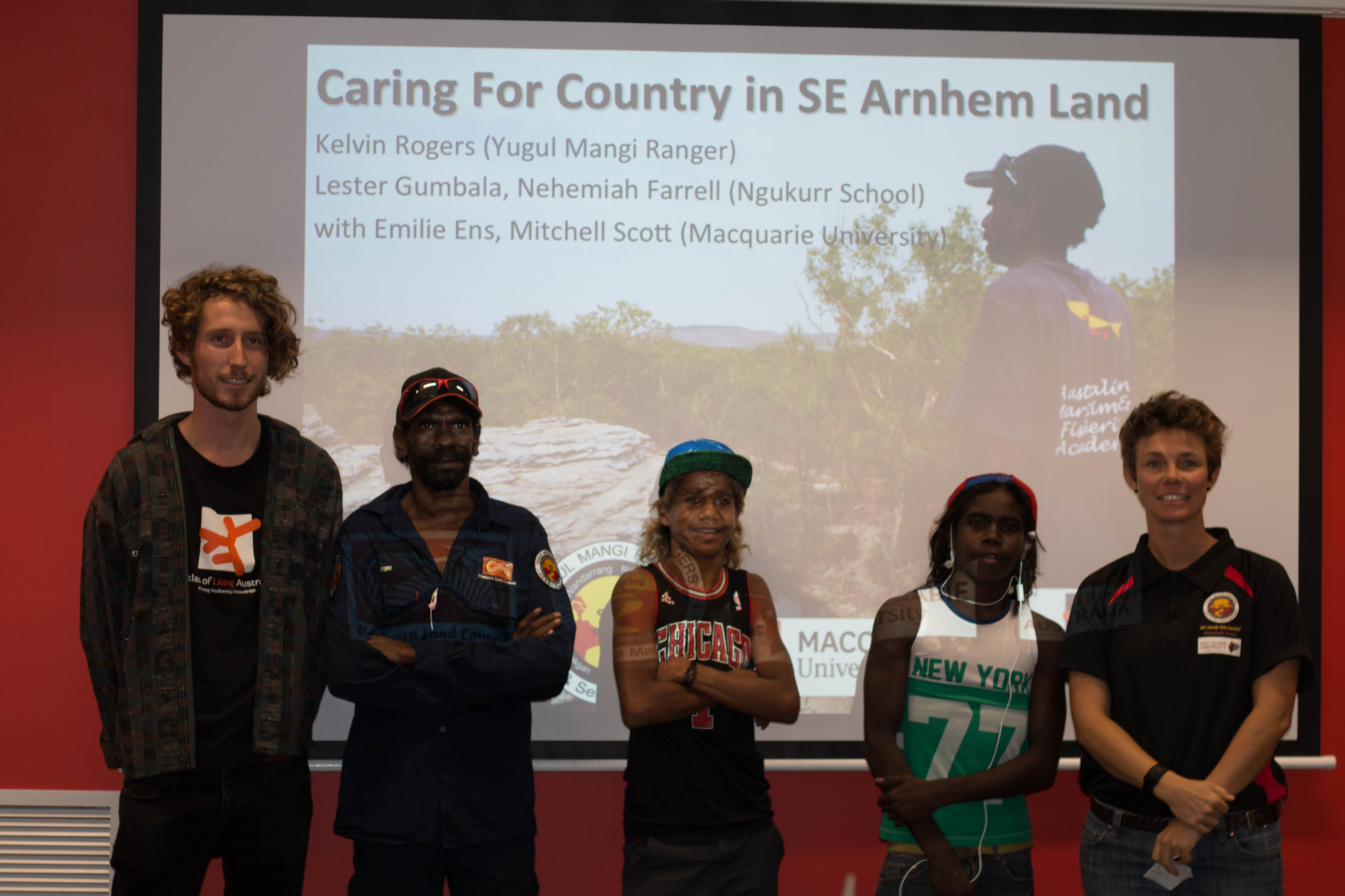 Mitchell Scott (Macquarie University), Kelvin Rogers (Yugul Mangi Ranger), Nehemiah Farrell (Ngukurr School Student), Lester Gumbula (Ngukurr School Student) and Emilie Ens (Macquarie University)